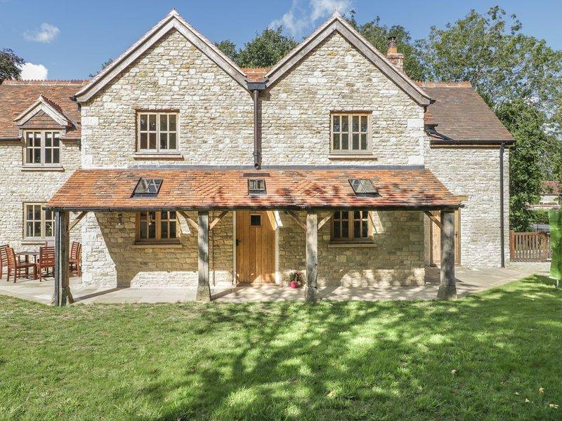 Milton Farm Cottage, GILLINGHAM, vacation rental in Motcombe