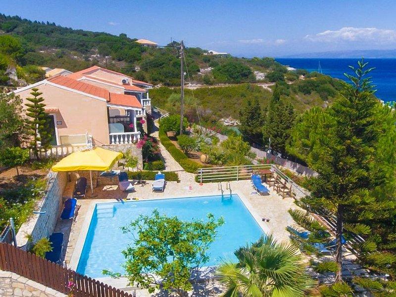 Dolphin Studio: Swimming Pool, Walk to Beach, Sea Views, A/C, WiFi, Car Not Requ, vacation rental in Gaios
