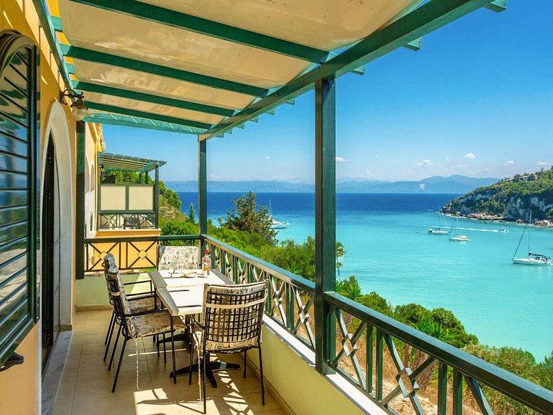 Katerina: Walk to Beach, Sea Views, A/C, location de vacances à Paxos