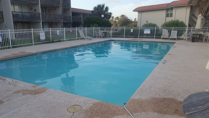 Feeling a Little Cabin Fever?  Time to get to the beach!!!, vacation rental in Port Aransas