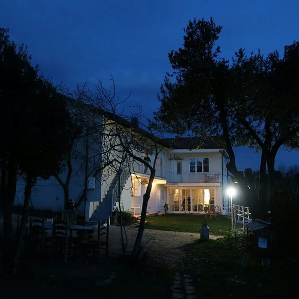 Cottage in the hills in Piedmont amazing view and relax, vacation rental in Cavour