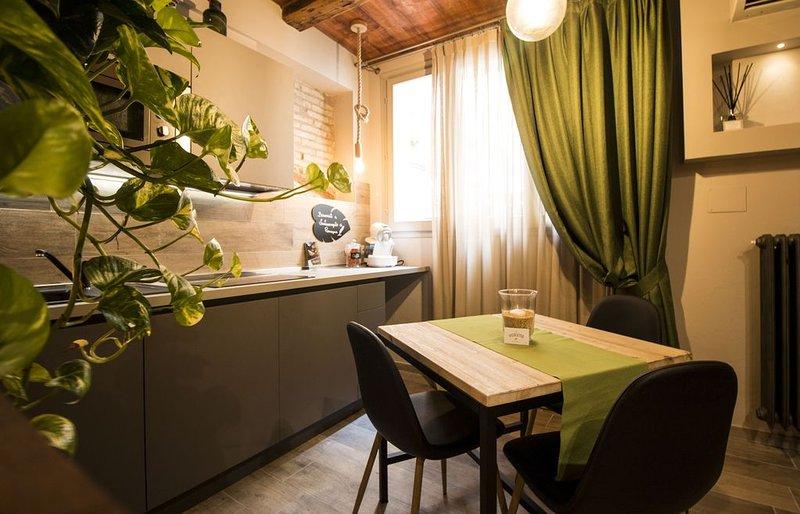 ' Eco del bosco ' in piazza Ganganelli, vacation rental in Savignano sul Rubicone