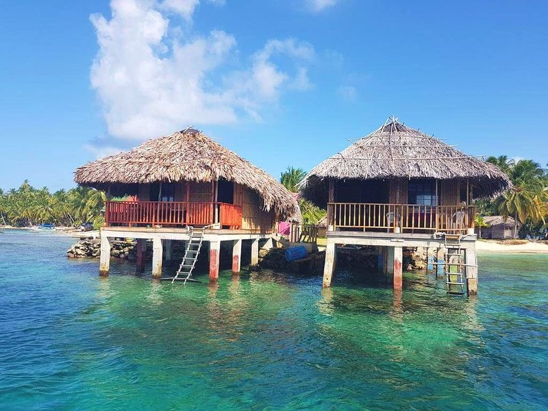 San Blas Island Private Cabin + ISLAND TOUR + MEALS included, holiday rental in San Blas Islands