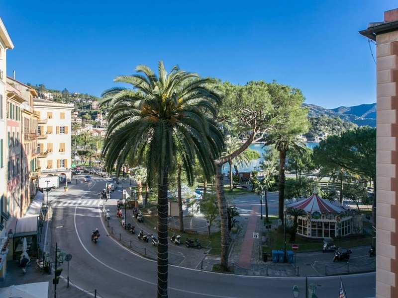 Fronte Mare Centralissimo ( CITRA 010054-LT-0118 ), holiday rental in Santa Margherita Ligure