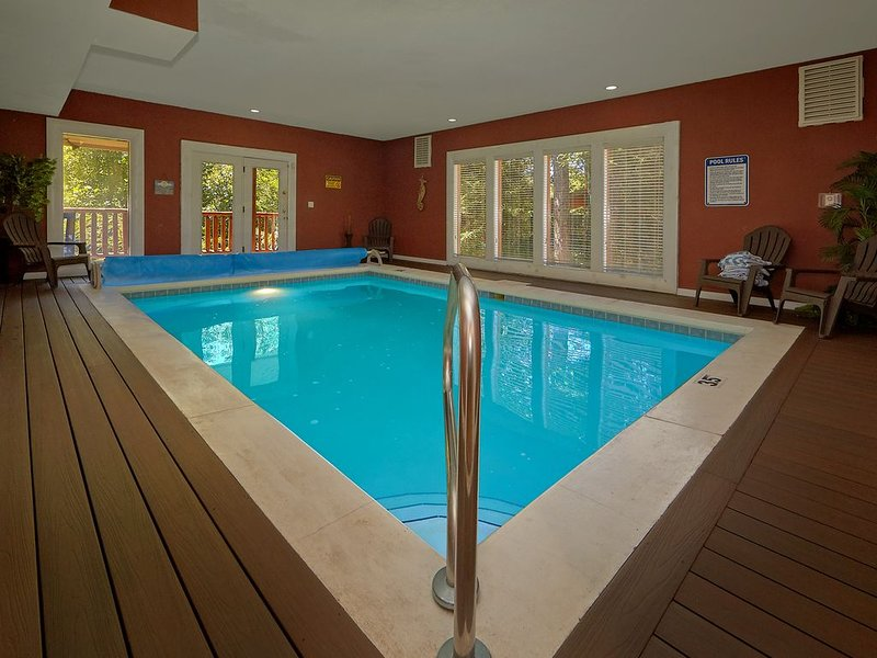 Ultimate Family Vacation Cabin - Indoor Pool, Theater, Game Room, vacation rental in Cosby