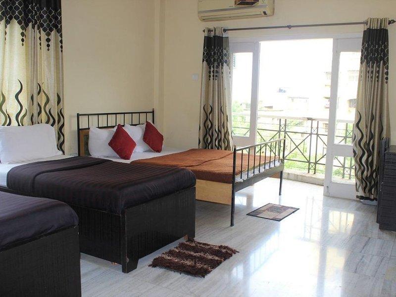 Luxurious Deluxe Room in CBD Belapur, location de vacances à Navi Mumbai