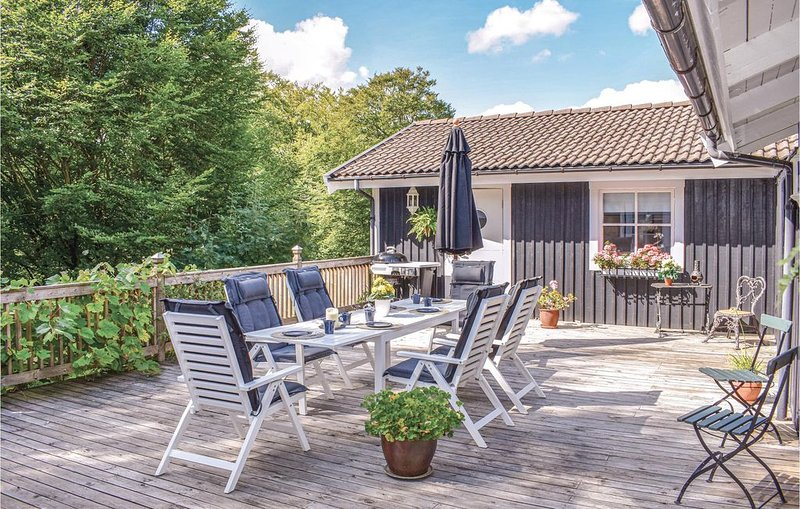 3 Zimmer Unterkunft in Klippan, vacation rental in Orkelljunga