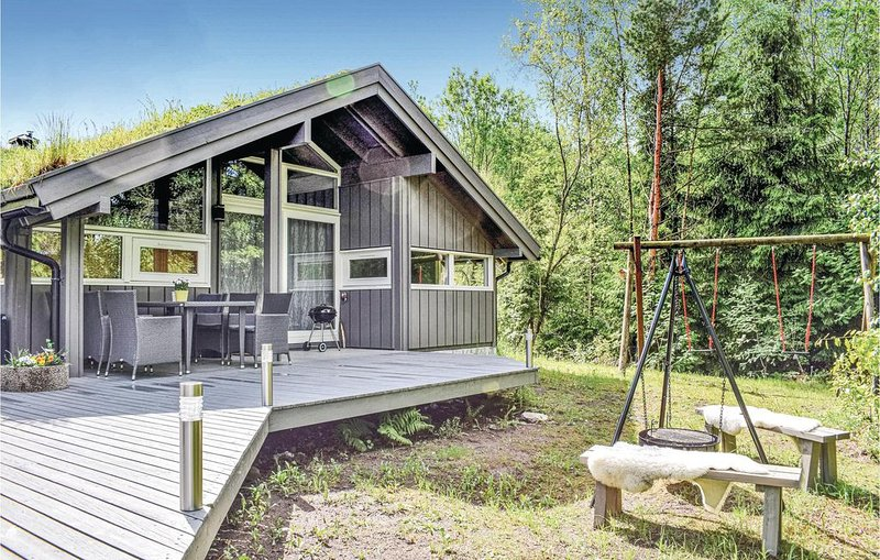 4 Zimmer Unterkunft in Søndeled, holiday rental in Risor
