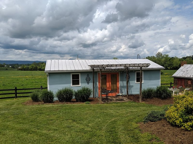 Beautiful 360 views!, holiday rental in Luray