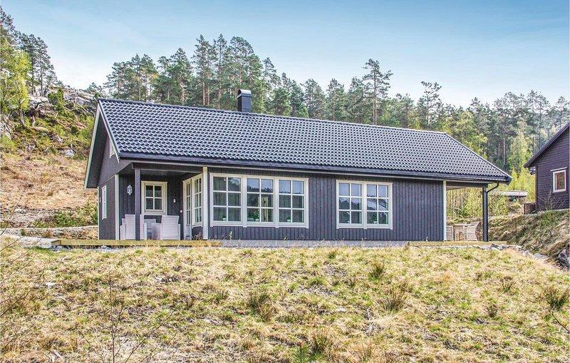 5 Zimmer Unterkunft in Tørvikbygd, holiday rental in Eikelandsosen