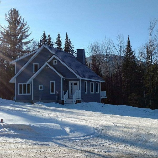 Beautiful Private Mountain Home/5 BR, holiday rental in Concord