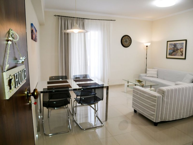 Swanky aparment in corfu, holiday rental in Vitouládes