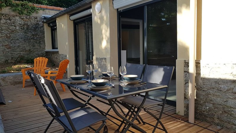 L'atelier et sa Terrasse, holiday rental in Rohan