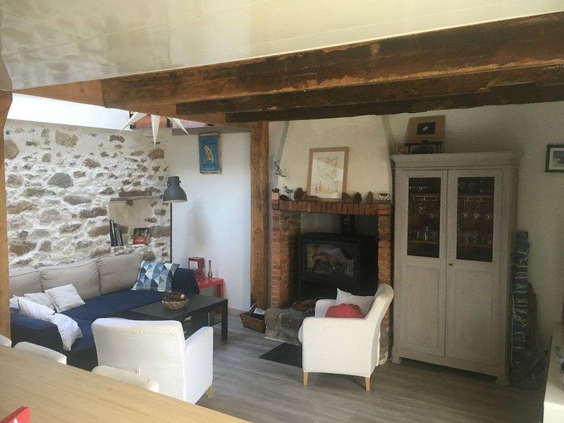 Ancienne ferme tout confort proche bourg et plages, location de vacances à Saint-Nazaire