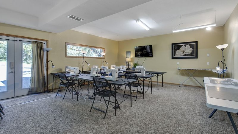 Quilter's Paradise Retreat, holiday rental in Hamilton