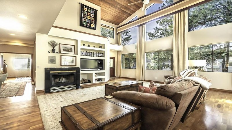 Flagstaff TreeHaus: Spring Haven $195 - 2,700 sf Home - Continental Country Club, vacation rental in Flagstaff