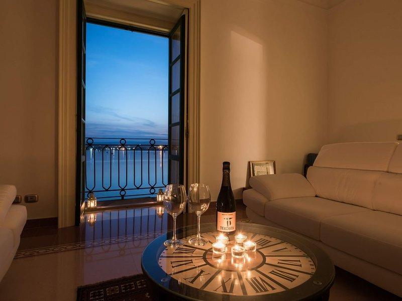 Appartamento vista mare in Piazza Duomo a Siracusa., Ferienwohnung in Isola di Ortigia