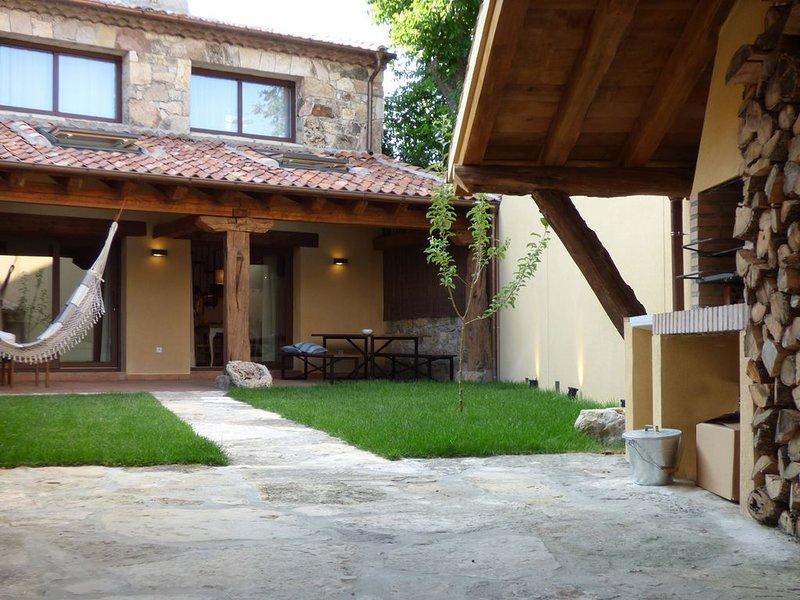 Casa Rural Fuentebuena, holiday rental in Castroserna de Abajo