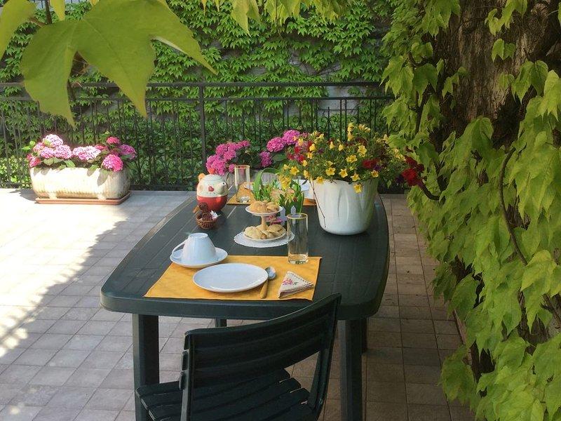 WEEKEND - APPARTAMENTO NEL VERDE, vakantiewoning in Scurzolengo