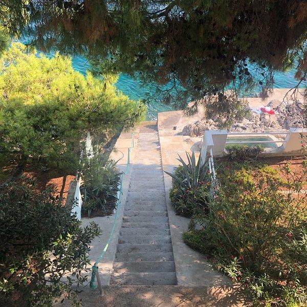 Villa K Splash'in the Big Blue, holiday rental in Brna