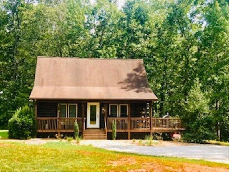 Rhett's Retreat at GRH, alquiler de vacaciones en Bostic