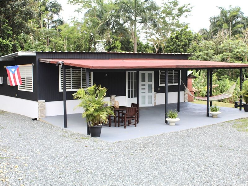 Wepa House near Gozalandia, holiday rental in Quebradillas