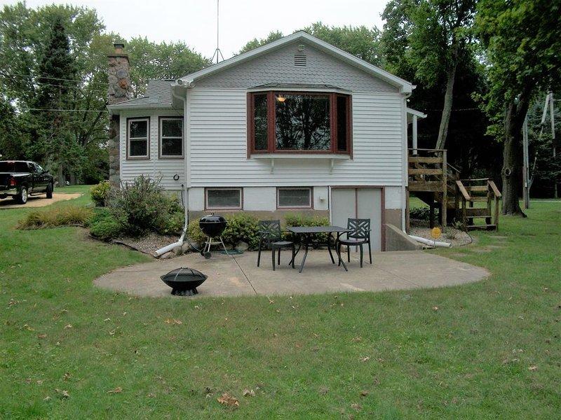 Cozy Delavan Lake House, vacation rental in Elkhorn