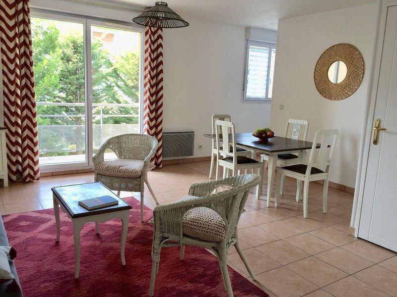 Appartement deux pièces rénové  proche hopital, vacation rental in Thonon-les-Bains