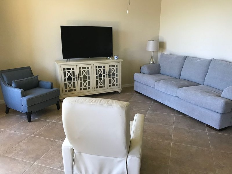 Beautiful 2/2 condo in golfer's paradise, holiday rental in Immokalee