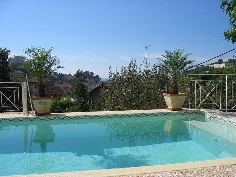 Villa de standing avec piscine à Menton, holiday rental in Menton