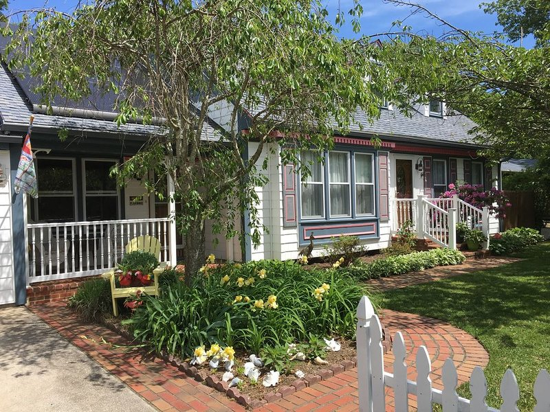 Enjoy Key West in Cape May!, holiday rental in Villas