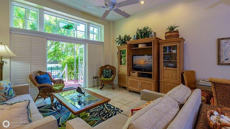 **VILLA BAHAMA * THE ANNEX** Villa Near Duval & Beach + LAST KEY SERVICES..., vacation rental in Stock Island