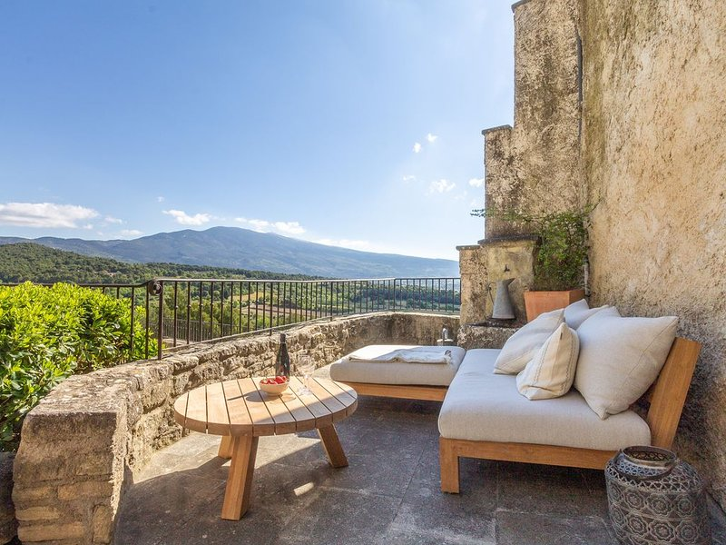 Maison Ventoux - Holiday house with view on the Mont Ventoux, holiday rental in Modene