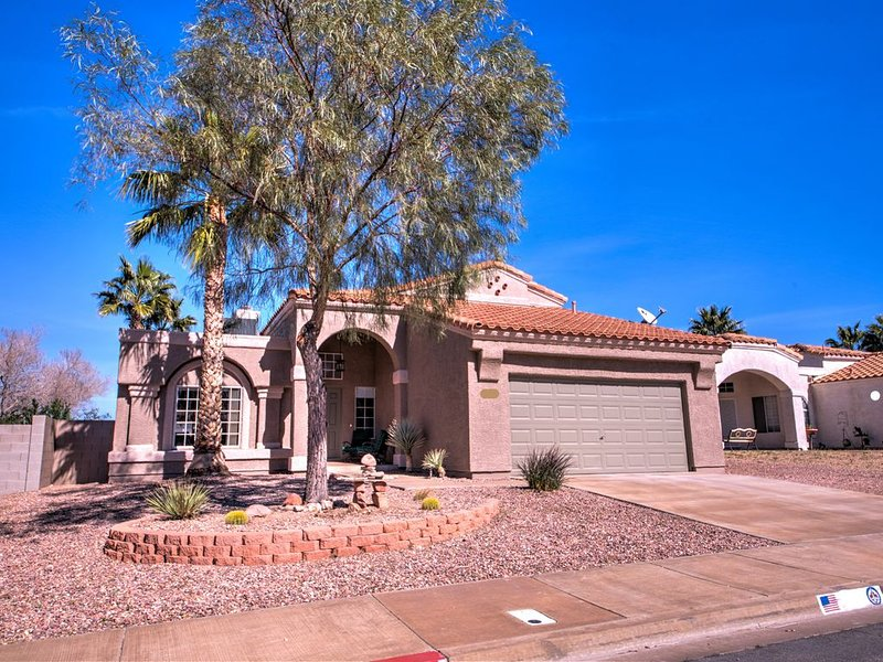 Inviting Henderson Home with Private Pool, holiday rental in Henderson