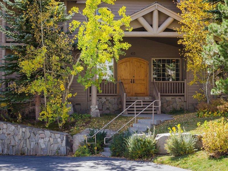 Bienvenue à Sonenalp, Mammoth Lakes - la maison de l'aventure, raffinée en toute saison