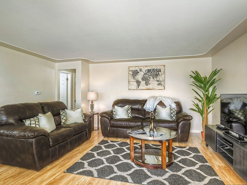 Convenient Access To Denver, holiday rental in Wheat Ridge