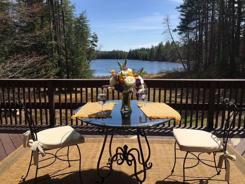 FULL REFUND DUE TO  TRAVEL RESTRICTIONS  IF IMPACTED . Best  NH  location �, vacation rental in New Hampton