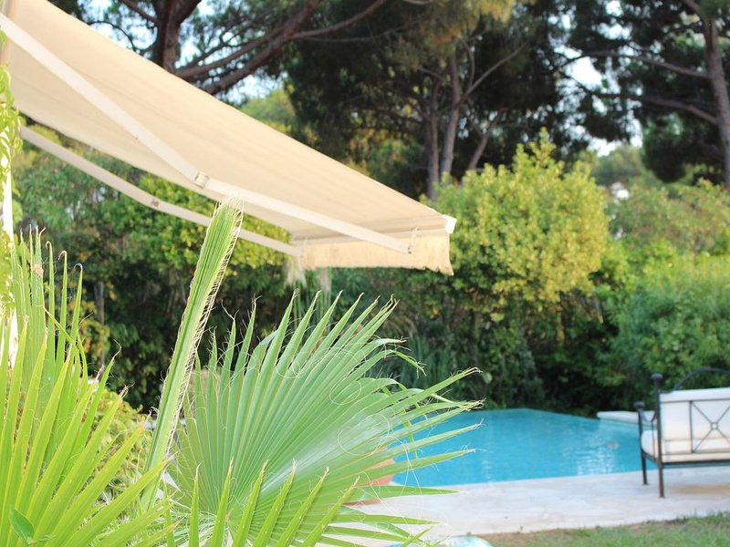 Wonderful French Riviera House with private Pool, Ferienwohnung in Villeneuve-Loubet