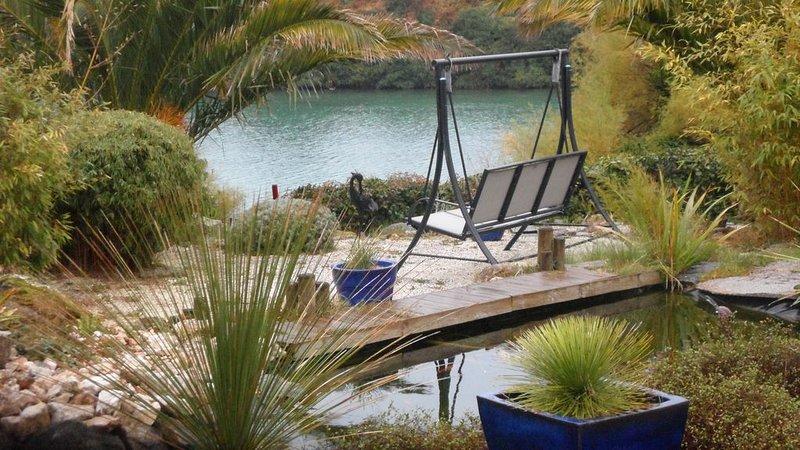 Villa PORT NEUF,  MOGUERIEC , mer à vos pieds,calme, détente, jaccuzi 7 pers, aluguéis de temporada em Sibiril