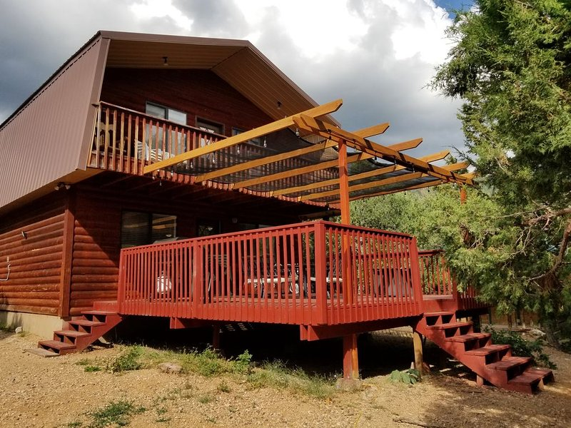 Oak Woods Cabin, Mt. Pleasant, Utah: Your Mountain Home Away From Home. ���, holiday rental in Mount Pleasant