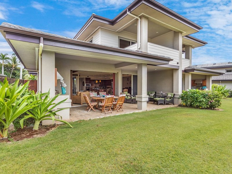 The Villages in Mauna Lani! Large Private Home Next to The Shops, holiday rental in Waimea