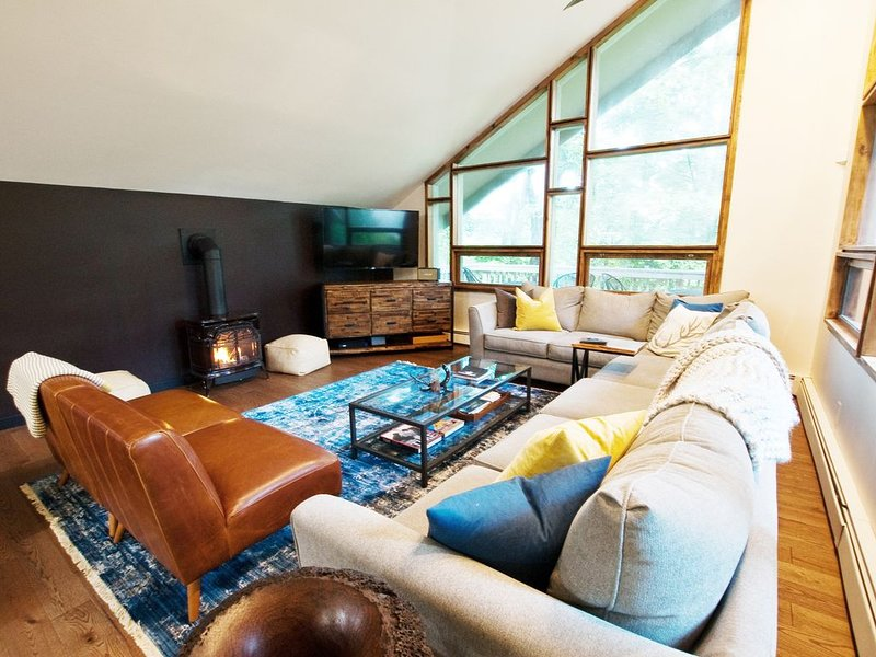 Whitetail Chalet- Close to everything Killington has to offer, alquiler vacacional en Barnard