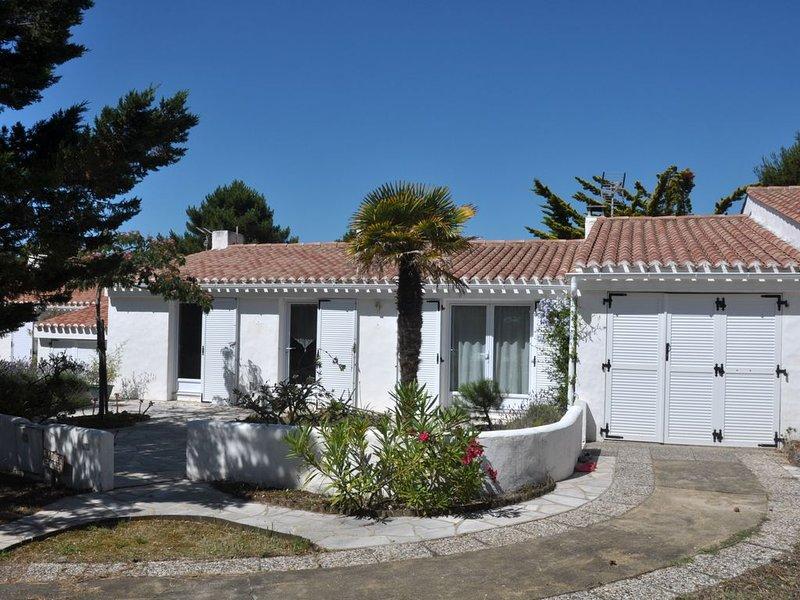 Ile de Noirmoutier - Villa T4 sur la dune à 100m de la plage de sable fin, vacation rental in La Gueriniere