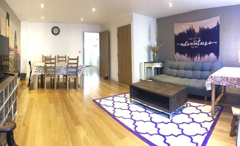 London Branded new modern Greenwich 3 bedroom house with garden, location de vacances à East Ham