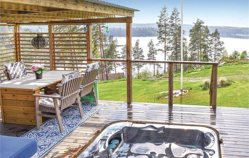 3 Zimmer Unterkunft in Finspång, casa vacanza a Skarblacka