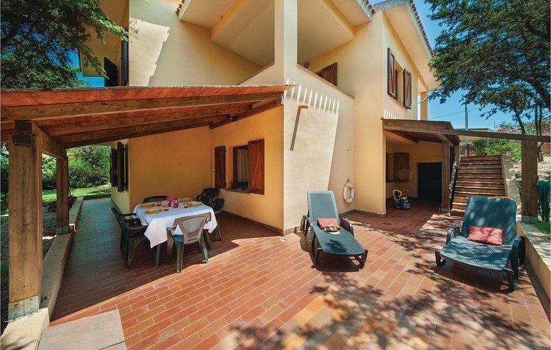 3 Zimmer Unterkunft in Sorso, holiday rental in Sennori