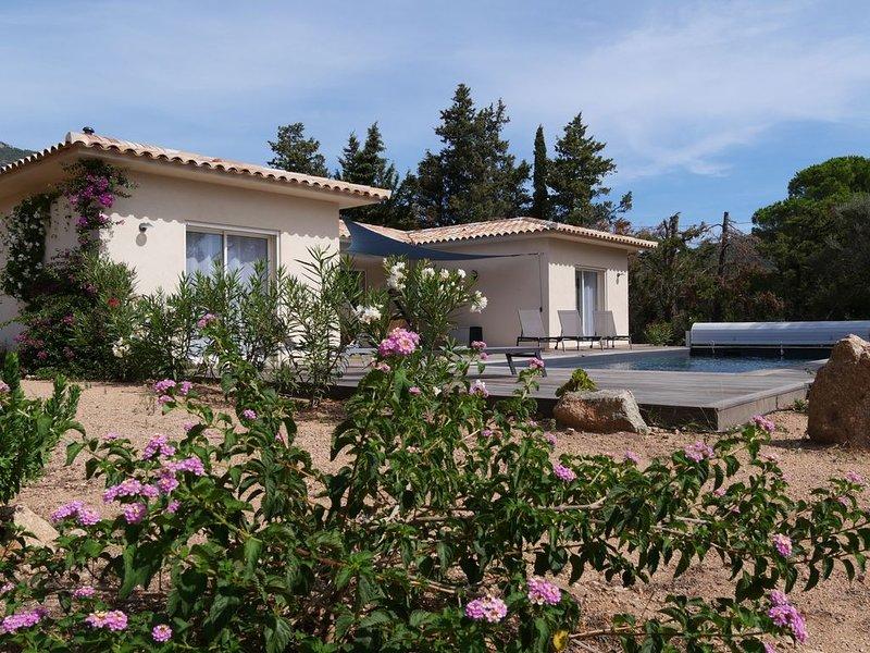 Belle villa récente à 15 minutes des plages (EN14476 selon mesures sanitaires), vacation rental in Figari