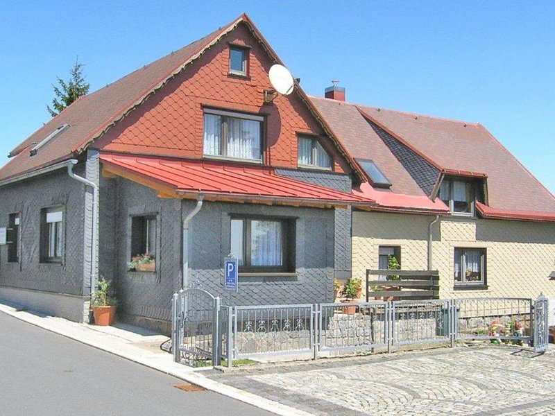 Comfortable Apartment in Frauenwald Thuringia near Forest, casa vacanza a Frauenwald