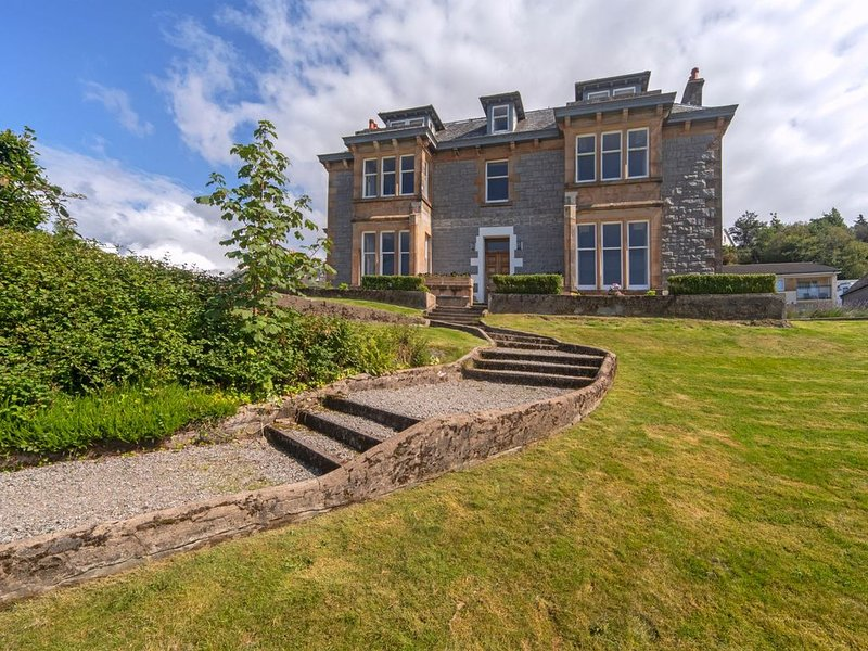 The Drury-Oban (Scotland) - sleeps 22 guests  in 11 bedrooms, vacation rental in Oban