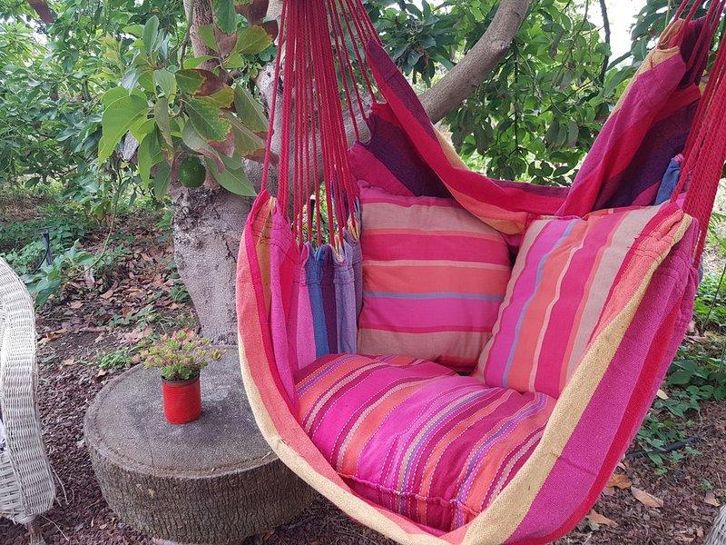 Ideal para descansar y visitar la isla, holiday rental in Playa De Los Cancajos